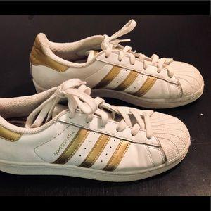 Adidas Superstar👁🗨